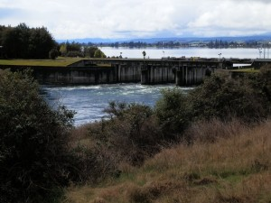 Dam at Lake Te Anau, New Zealand